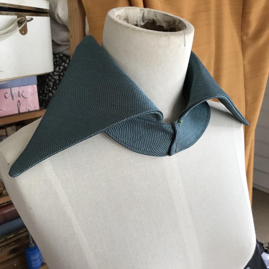 Water WIP sharp shirt collar piece